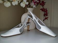 Karen Scott Chelsea Womens White Leather Slingback Pumps Sz. 7,5M