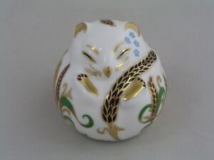 ROYAL CROWN DERBY SLEEPING DOORMOUSE PAPERWEIGHT, GOLD STOPPER.