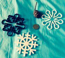 3 x Large Plastic Snowflakes Hanging stars Window Christmas  Tree 10cm 4 inch