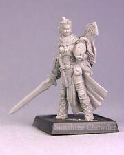 Oriana Grey Maiden 60143 - Pathfinder - Reaper MiniaturesD&D Gaming Wargames