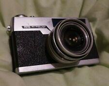 Petri Blue-Magic-Scope Rangefinder Camera 35mm film working japan 1:2.8 V lens