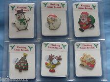 Juego de 6 LED Parpadeante Navidad Insignia Broches Novedad Fiesta Cena Árbol de Santa