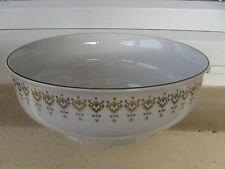 SALADIER Porcelaine ALLEMANDE DORURES OR MATT 23 cm diamètre