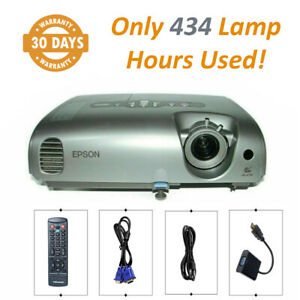 Epson EMP-82 3LCD Projector (Portable) HD 1080i HDMI - Only 434 Lamp Hours Used!