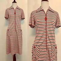 Vintage 60s Dress Red and White Zig Zag Stripe Pattern 1960s Mod Shift Dress M/L