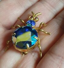 BEAUTIFUL GOLD TONE METAL with BLUE AURORA BOREALIS CRYSTAL SPIDER BROOCH BROCHE