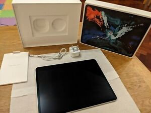 Apple iPad Pro 3rd Gen. 64GB, Wi-Fi + cellular, 12.9 in - Silver