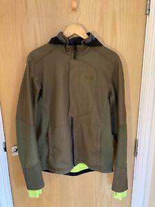 GORE Bike Wear Men's Windstopper Soft Shell Hooded Cycling Jacket Green MedLarge