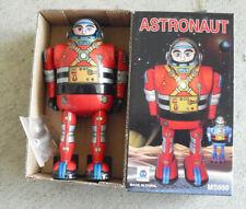 Ha Ha Toy Tin Wind Up Walking Astronaut Robot 5