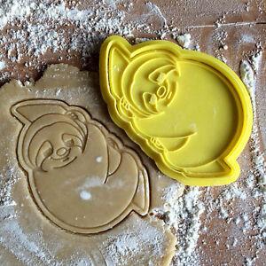 Sloth cookie cutter. Mammal stamp. Folivora animal kids cookies