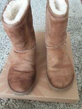 Genuine UGG Boots chestnut Australia UK size 5
