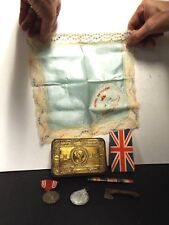 WWI Archive in Nice Gold colored Tin Box - Christmas 1914 - See Description