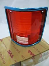 TYC 11-1282-09 Right Taillight Lens for Chevrolet Pickup, Suburban, GMC Jimmy