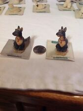 Itty Bitty World Doberman Figurin
