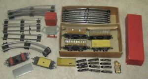 VINTAGE HORNBY MECCANO TRAIN SET (cars, tracks etc.)