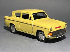 FORD ANGLIA 1:32 yellow model car toy diecast car