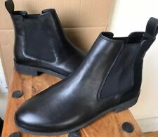 Ladies CLARKS 'Griffin Plaza' Leather Chelsea/Ankle Boots - Size 6.5 D - NEW