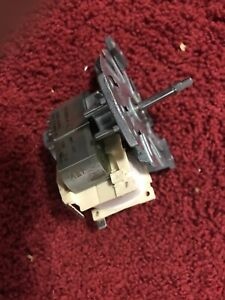 00494266 BOSCH/THERMADOR CONVECTION MOTOR OEM