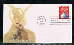 2007 Sc #4122 39¢ With Love and Kisses Fleetwood cachet FDC