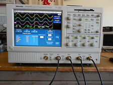 Tektronix TDS5034B 350MHz 5GS/s oscilloscope. LOADED 3M, PWR3, JIT3, SM, USB2...