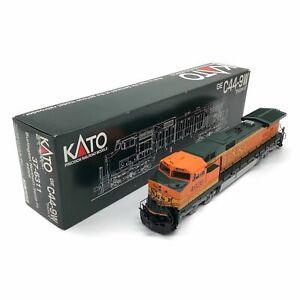 KATO HO gauge GE C44-9W DASH 9 Burlington Northern Santa Fe 4926 37-6311