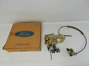 New OEM 1995-1996 Ford Windstar Sliding Door Lock Opener Actuator Mechanism