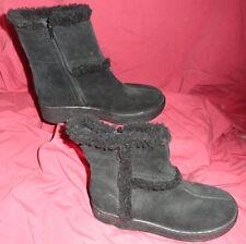 6 NWOT Ladies Womens GAP Boots Leather Suede Black Side Zip Faux Fur Trim Snow