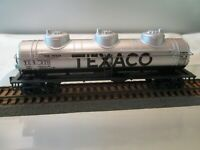 HO Scale Athearn 40' Texaco 3 Dome Tank Car TCX 270