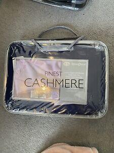 Oliver Pascal Navy Cashmere Mix Blanket! 70% Cashmere, 30% Viscose! Brand New!