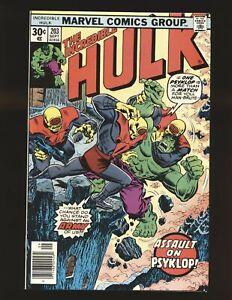 Incredible Hulk # 203 NM- Cond.