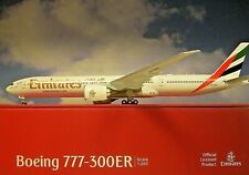 Herpa Wings 1:200   Boeing 777-300ER   Emirates  A6-ENV   557467