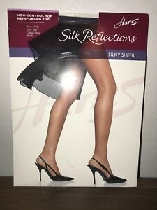 Hanes Silk Reflections Size AB Pantyhose Silky Sheer Classic Navy #716