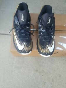 Nike Air Max Infuriate Low Basketball Shoes 852457-003 Blk Metallic Gold Size 14