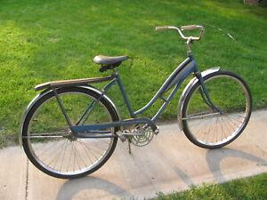 "Huffy / Monark or ?  Girls 26"" Bicycle, 1950 /60's"