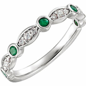 0.35Ct Emerald and Diamond Wedding Ring in 9K White Gold Finish