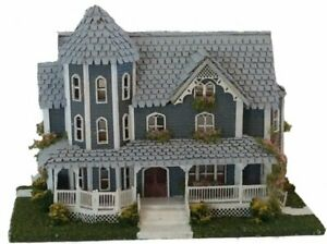 Dollhouse Miniature 1:144 Scale St Beckham Gothic Victorian House  Kit  Complete