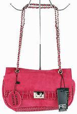 Fashion Essentials Fuchsia flapover sac épaule en daim. NEUF avec étiquettes.