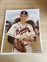 Warren Spahn Braves MLB RIP HOF Autographed Signed 8X10 Photo Beckett COA
