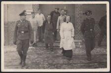 YZ2975 Germania 1930 - Ufficiali militari a passeggio - Fotografia d'epoca