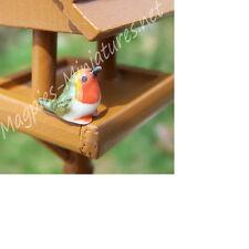 Dolls House 12th scale Ceramic Robin  garden bird
