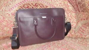TOMMY HILFIGER Business office Leather Laptop Bag Slim Cross Body Chestnut