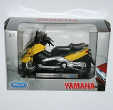 Welly - '01 YAMAHA XP500 TMAX Motorbike Model Scale 1:18