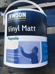 Jewson VINYL MATT MAGNOLIA 2.5 litres £12 Free Delivery