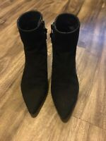 stuart weitzman ankle suede boots 6