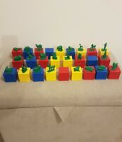 26 Tupperware Toys Alphabet Busy Blocks With 23/26 Figures - Vintage Collectible