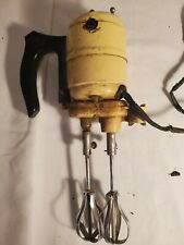 VINTAGE ELECTRIC HANDMIXER EGG BEATER VERY OLD