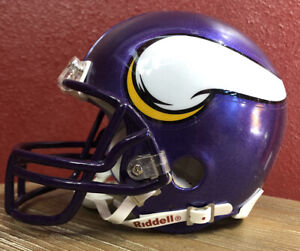 Rare NFL Throwback Minnesota Vikings Riddell Mini Football Helmet & Facemask