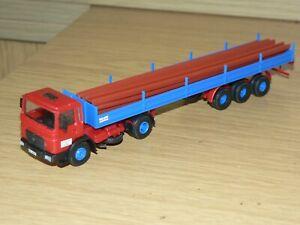 Kibri MAN LKW Zugmaschine mit Sattelauflieger und Ladegut Maßstab 1:87