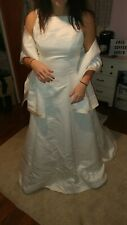 David's Bridal Wedding Gown Michaelangelo size 12 Ivory with champagne trim shaw