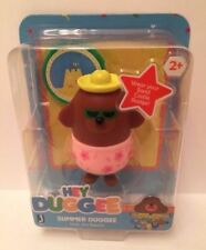 "HEY DUGGEE Summer Duggee 3"" Figure + Includes Castle Badge Visits the Beach! NEW"